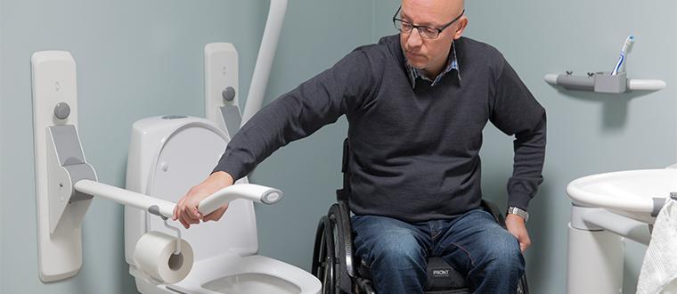 Toilet Support Arms / Toiletstøtter wheelchair